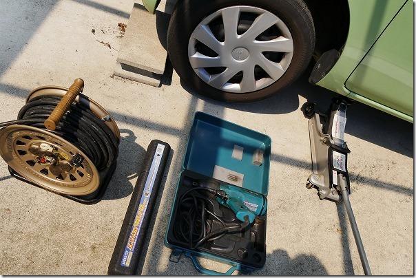 タントのホイール・タイヤ交換作業