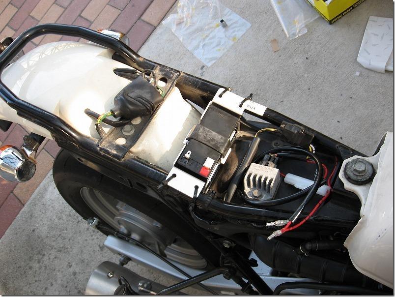 APE100バッテリー取り付け方法・手順14