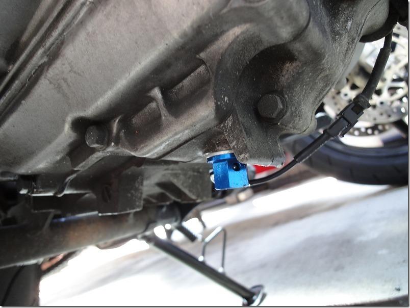 APEのドレンボルトをマグネット付き温度センサーに交換した