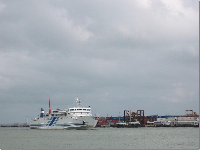 壱岐ツーリング、博多港からフェリー乗船