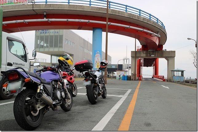 有明フェリー 長洲港でバイク