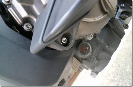 MT-07エンジンガード(サイドスライダー)取り付け