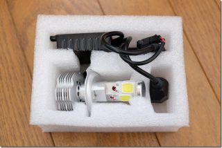 MT-07 LEDのヘッドライトへ交換