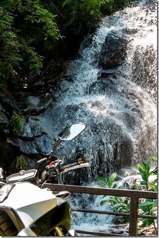 雄渕の滝とMT-07、ツーリング