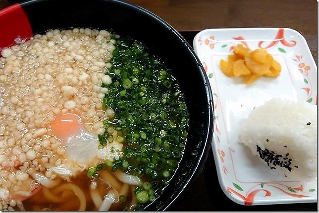 「道の駅・厳木」で昼食、風のふるさと食堂のうどん