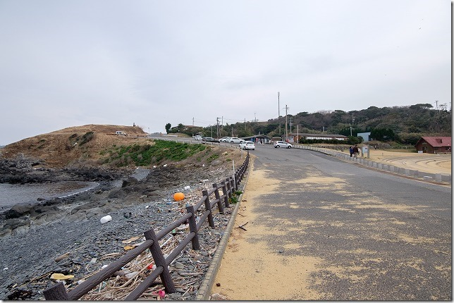 呼子・波戸岬で「さざえのつぼ焼き」と「イカ焼き」、バイクで有料駐車場