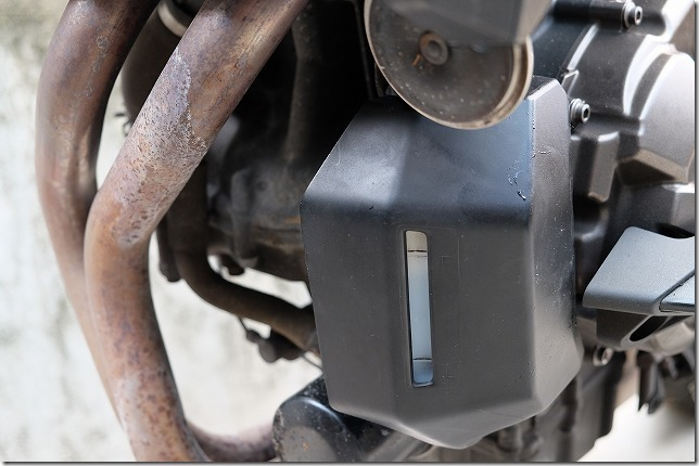 MT-07のクーラント/冷却水の容量確認