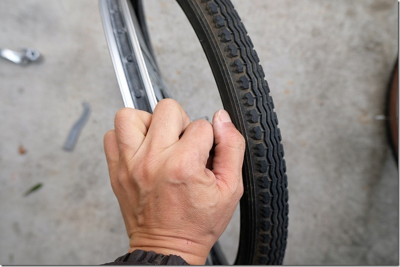 自転車のフロントタイヤ交換手順9