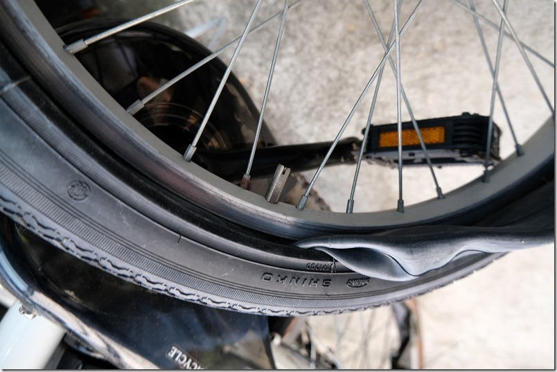 自転車のフロントタイヤ交換手順17