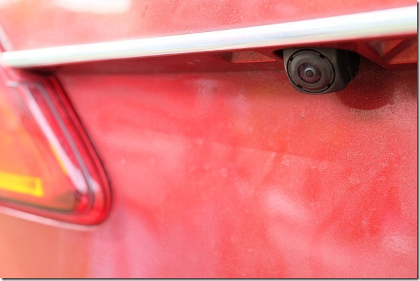 プレマシーのバックカメラをサービスキャンペーン対応で交換