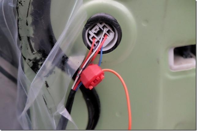 タント(L375)へキーレス連動ドアミラー格納ユニットを取り付け方法