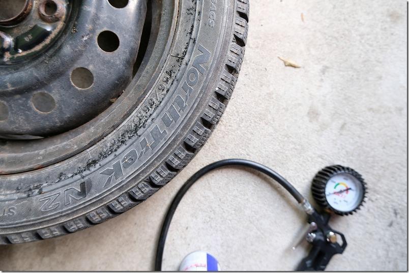 スタッドレスタイヤ交換、空気圧、タント